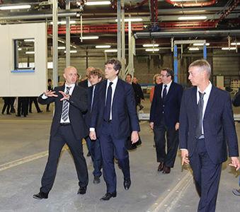 visite arnaud montebourg usine pobi ossature bois 2013
